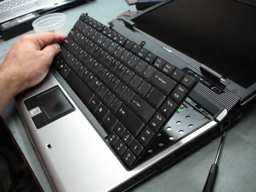 Lift up laptop keyboard