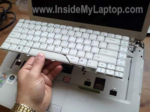 how to take apart acer aspire 5520 inside my laptop rh insidemylaptop com 7520 Docking Dell 7520