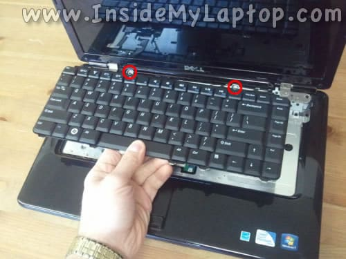 Remove laptop keyboard
