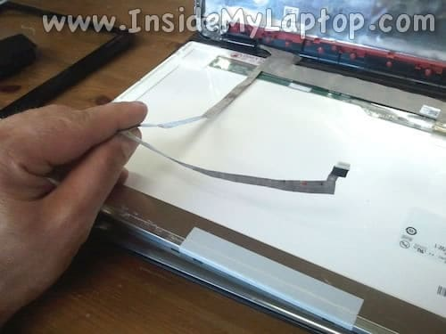 Separate display cable from screen