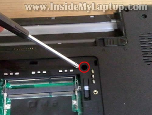 Dell-Inspiron-N5010-disassembly-05.jpg