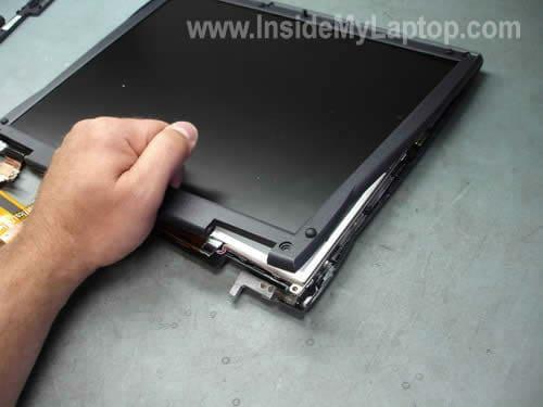 Remove LCD screen bezel