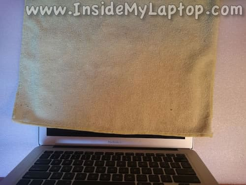 Cover laptop screen