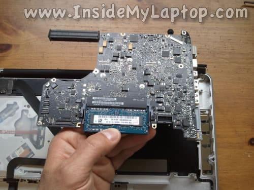 Remove MacBook Pro motherboard