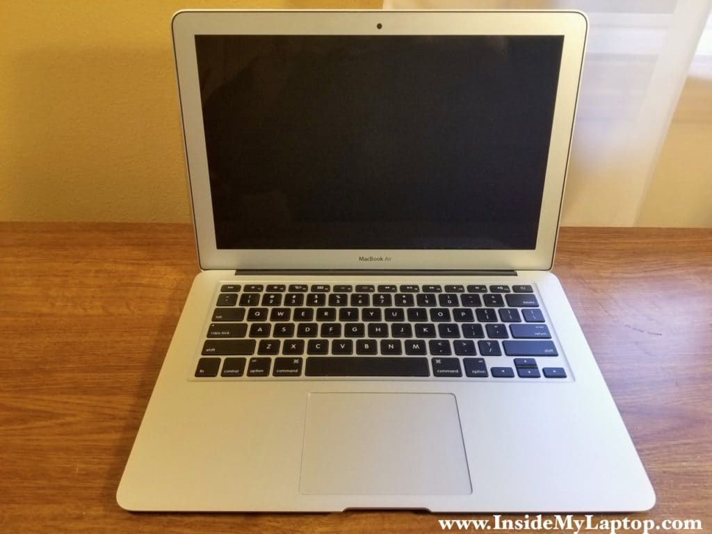 Replacing cracked screen on 13-inch MacBook Air laptop