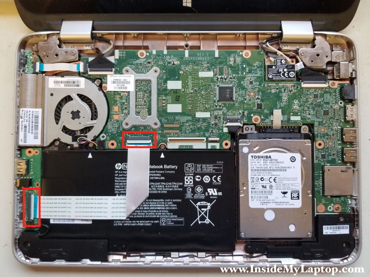 Taking apart HP Pavilion x360 13-a010dx Convertible – Inside