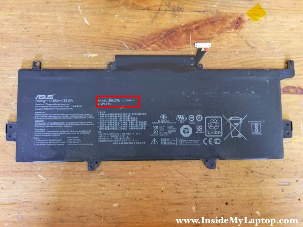 Asus ZenBook UX330 UX330U UX330UA laptops have the following battery model installed: C31N1602.