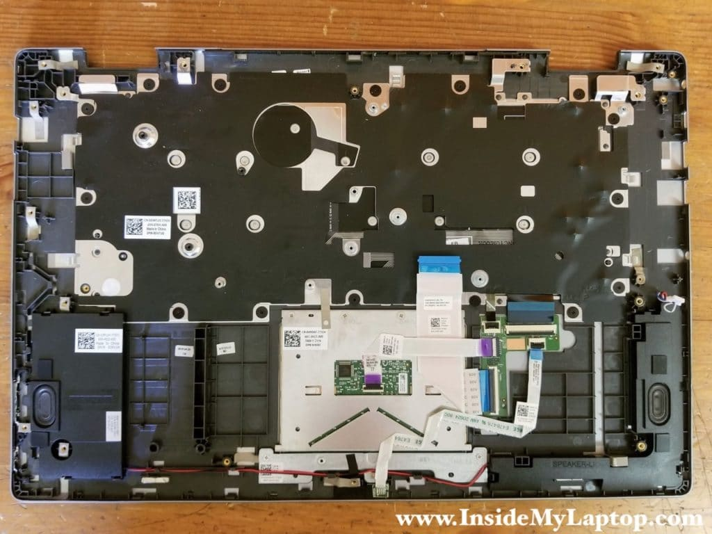 Dell Inspiron 15 7569 keyboard can be removed.